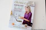 Recenze: Oh She Glows Every Day = kniha plná rychlých a jednoduchých vege receptů a recept na Ořechové espressosušenky